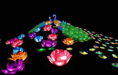 Праздник гигантских китайских фонарей